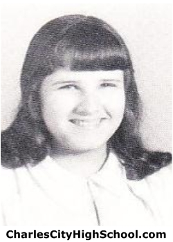Lyn Cox yearbook picture