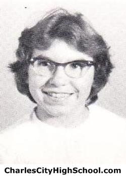Stewart Debbie yearbook picture