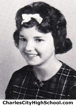 Evelyn Reynolds yearbook picture