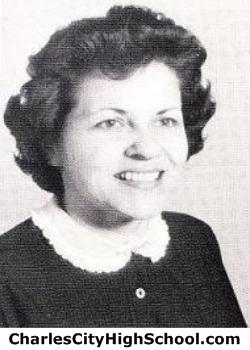 Ann Gunderson yearbook picture