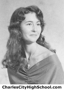 Kathleen Earl yearbook picture