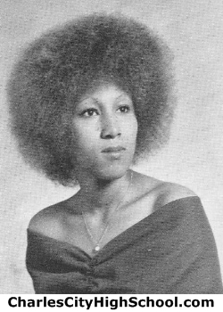 Agnes Williams yearbook picture