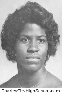 Linda Jones yearbook picture