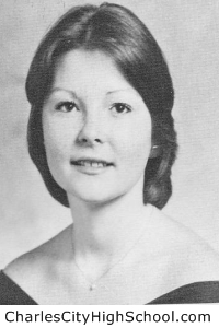 Linda Taylor yearbook picture