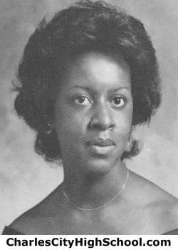 Tresa Carter yearbook picture