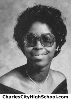 Jeanette Jones yearbook picture
