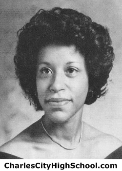 Mariyln Wallace yearbook picture