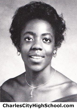 Gayle Bassett yearbook picture