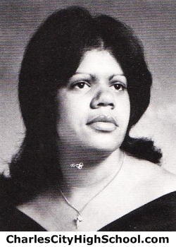Lisa Bradby yearbook picture