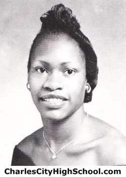 Mary Robertson yearbook picture