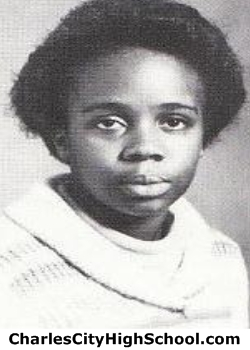 Sandra Taylor yearbook picture