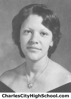 Elva Jones yearbook picture