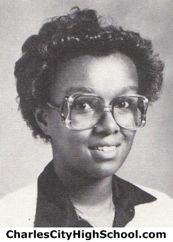 Yvette Carter yearbook picture