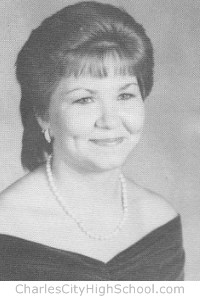 Susan Whitehead yearbook picture