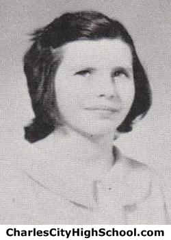Jeannie Nantz yearbook picture