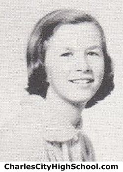 Betsy Smith yearbook picture